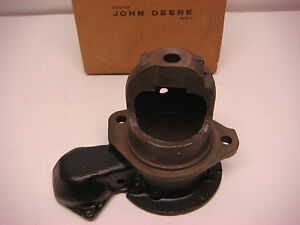 Nos John Deere Part No At13863 Starter Housing Vintage Tractor Farm Jd122