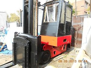 1989 Autolift Forklift 30 000 Lbs capacity W rotating Forks