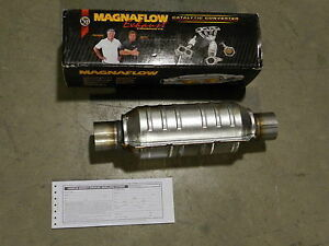 New Magnaflow 2 25 Inlet outlet Universal Catalytic Converter 99305hm Cat