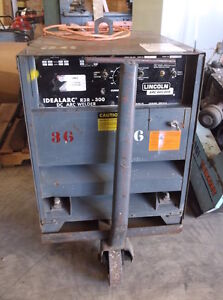 Lincoln Idealarc R3r 300 Dc Arc Welder