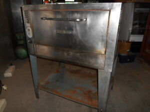 Used Bakers Pride Single Door Pizza Oven