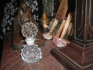 Vintage Art Deco Perfume Bottle Stopper Pressed Glass Clear Beautiful