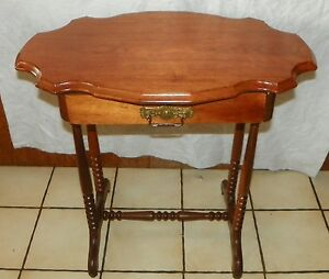 Solid Walnut Slab Top Turtle Top Entry Table With Protective Glass Top T398