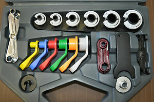 Master Disconnect Set Contains 8 Disconnect Tools For A C Fuel Line Lis39900