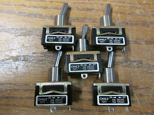 Unused Nos Lot Of 5 Chilly 7011 Toggle Switch 10a 250vac 15a 125vac