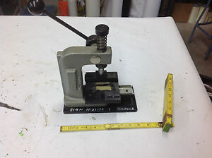 Janesville Ilp 500 Precision Press W Molex Sliding Table Ribbon Cable Assemb