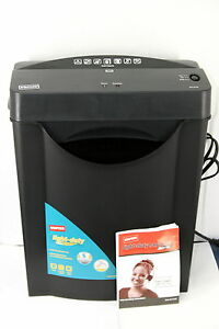 Staples 615700 6 sheet Capacity Light duty Cross cut Paper Shredder