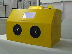 Blast a way Collapsible Sand blasting Cabinet Or Paint Crafts Hobbies Etc