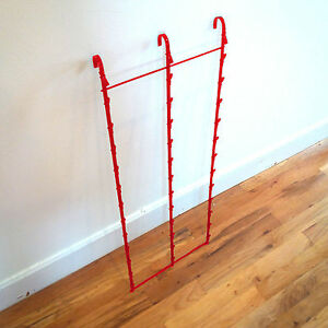 New Retail Hanging Clipper Display Grid Panel Rack 36 Clips Red