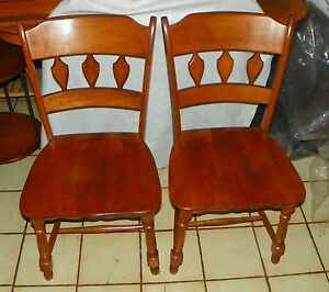 Pair Of Heywood Wakefield Maple Sidechairs Dinette Chairs Sc256