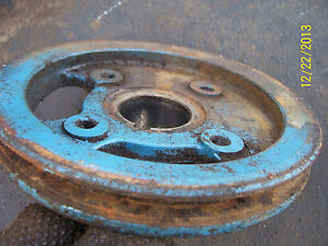 Vintage Ford 2000 Gas Tractor engine Front Pulley 1972