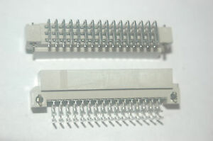 Amp 110947 1 48 pin 3x16 Right Angle Connector New Lot Quantity 2