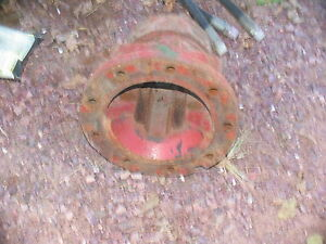 International Ih Farmall Tractor Axle Hub 560 706 806 1206 1256 1066