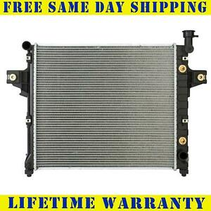 Radiator For 2001 2004 Jeep Grand Cherokee V8 4 7l Fast Free Shipping