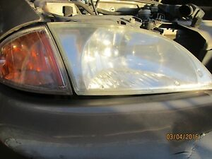 00 01 02 Cavalier R Headlight