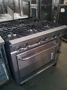 Montigue 36 6 Burner Range W Convection Oven