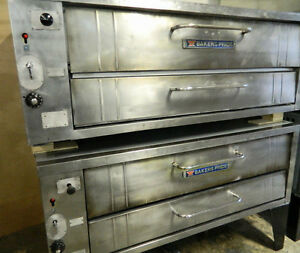 Bakers Pride Y600 Double Stacking Gas Pizza Ovens