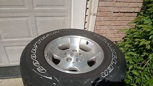 Jeep Wrangler 15 Stock Steel Rims With Tires