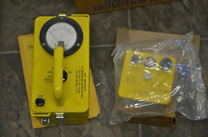 Vintage Cdv 717 Radiological Survey Meter Detection Kit