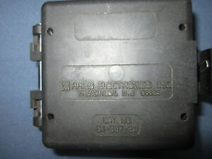 Aries Universal Plcc Zif Test Socket 84 537 21 With 32 537 20 Insert Plate