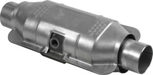 Catalytic Converter universal Eastern Mfg 830822 Fits 97 01 Ford F 150 4 2l v6