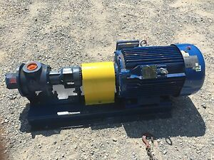 Gorman Rupp Pump Ghs2 1 2np3 b With Base 25hp 230 460v 3ph Motor used