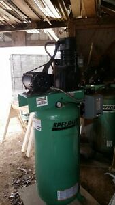 Electric Air Compressor 2 Stage 22 Cfm 3 Phase Motor