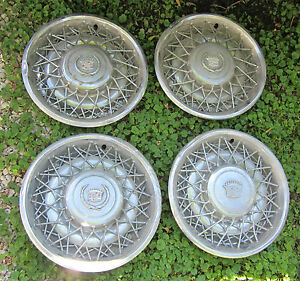 1975 1985 Cadillac Wire Hubcap Crest Wheelcover Set 4 Hubcaps 75 76 77 78