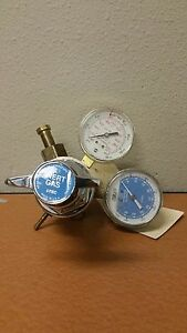 L tec Co2 Regulator Flowmeter Model 8904