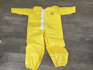 Dupont Tychem Chemical Protective Coveralls W Collar And Zipper Br110 Suit