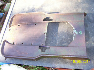 Vintage Oliver 60 Row Crop Tractor transmission Diff Cover