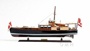 Dolphin Cruiser Sports Yacht 26 Built Power Boat Wooden Model Ship Assembled
