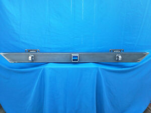 Jeep Cherokee Xj 84 01 Custom Rear Bumper With Rec