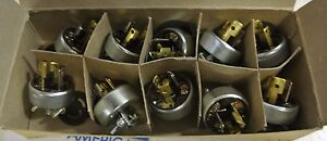 Hubbell 4726 Twist Lock Armored Cap 3 Wire 15 Amp 125 V Plug Lot Of 10