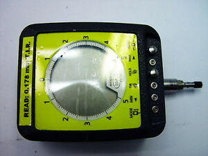 Mahr Federal Maxum 2032210 Digital Electronic Indicator