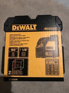 New Dewalt Dw088k Cross Line Laser Self leveling Measuring Tool