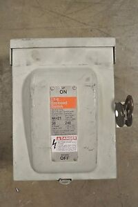 Used Ite Enclosed Switch Nr421 30 Amp 240 Volt Fusible 3r Outdoor Disconnect
