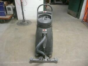 Viper Shovelnose Commercial Wet dry Vac 18 Gallon Squeegee Vacuum Sn18wd 110v