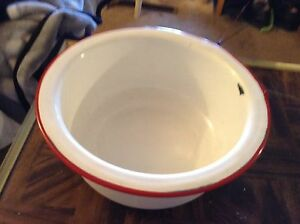 Red And White Porcelain Pot