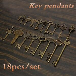 18pcs Antique Vintage Old Look Skeleton Keys Lot Bronze Tone Pendants Jewelry
