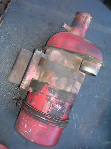 Vintage International Farmall M Tractor air Cleaner Assy 1951