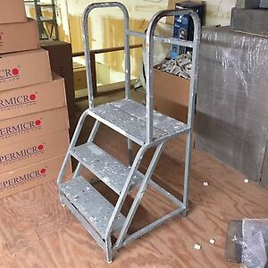 3 Step Steel Rolling Safety Ladder