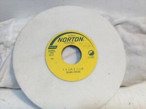 Norton Grinding Wheel 7 X 1 4 X 1 1 4 Surface Tool Grinder