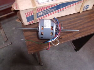 Magnetek Universal Electric 1 3 1 4 1 6 Hp Double Shaft Motor Model He3h005n