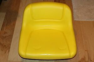 John Deere Factory Second Lawn Tractor Mower Seat Lowback P n Gy12209 New
