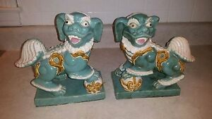 Vintage Pair Of San Cai Foo Dogs Porcelain