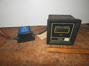 Omega Fpm 704 Digital Flometer With Power Supply Flowmeter Flow Meter