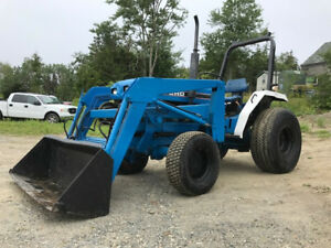 Ford 1720 Utility Tractor With Loader And Turf Tires