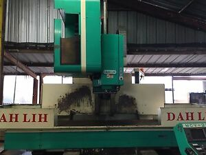 Cnc Mill Dah Lih Vertical Machining Center Mvc 2100
