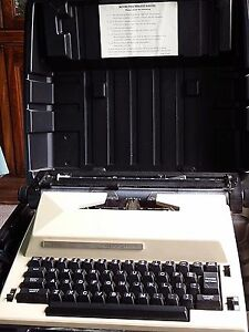 Vintage Sears The Scholar Electric Typewriter With Correction